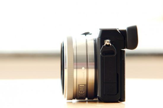 Sony SAL16F28 an Sony NEX7