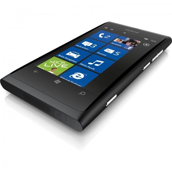Nokia Lumia 800 (Produktfoto Amazon)